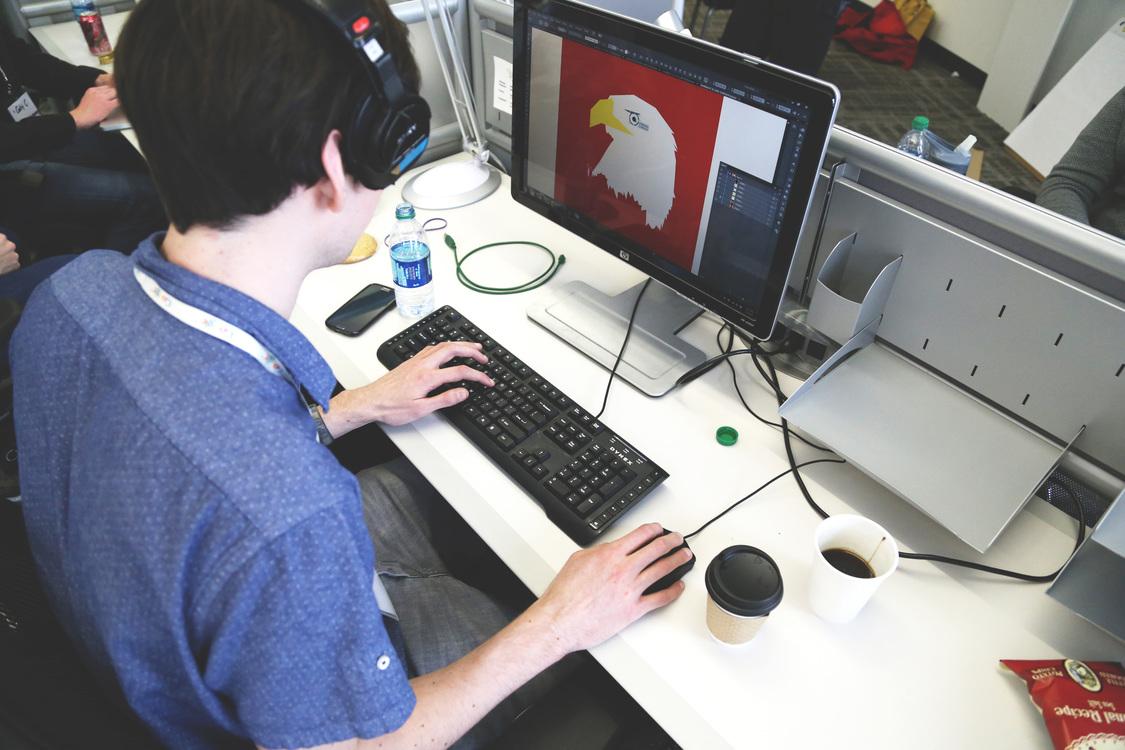 Graphic Designer Art Logo