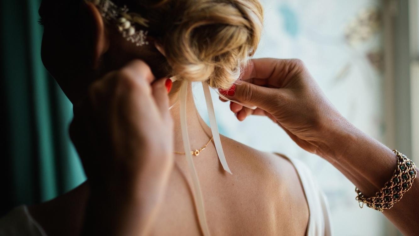 Shoulder,Neck,Jewellery