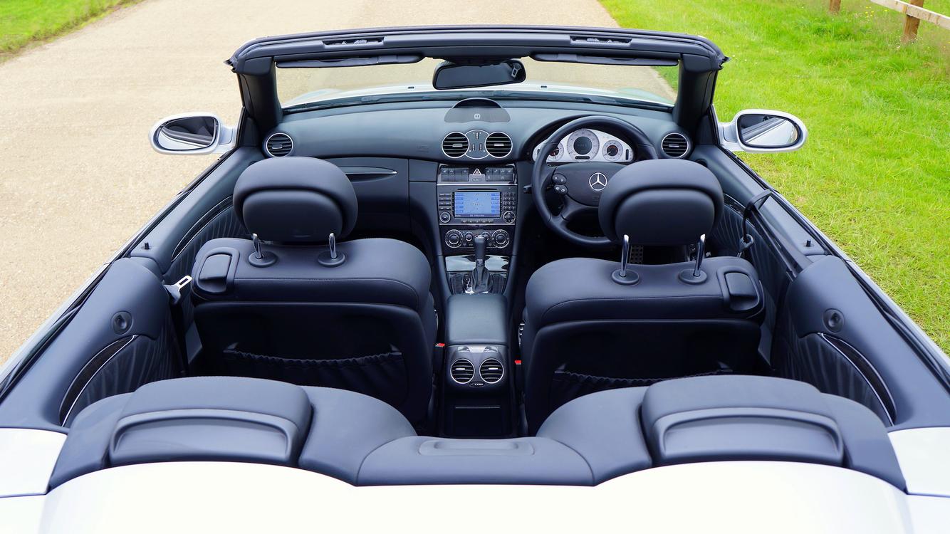 Car,Personal Luxury Car,Land Vehicle