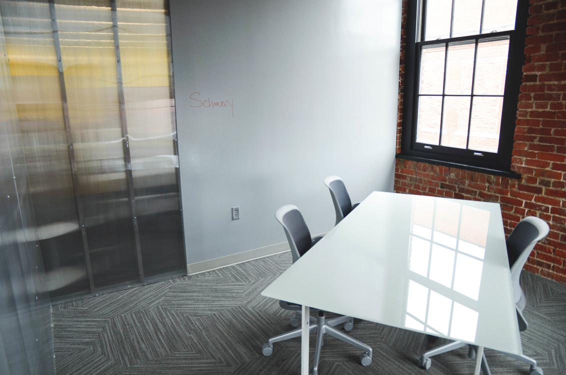 Room,Office,Floor