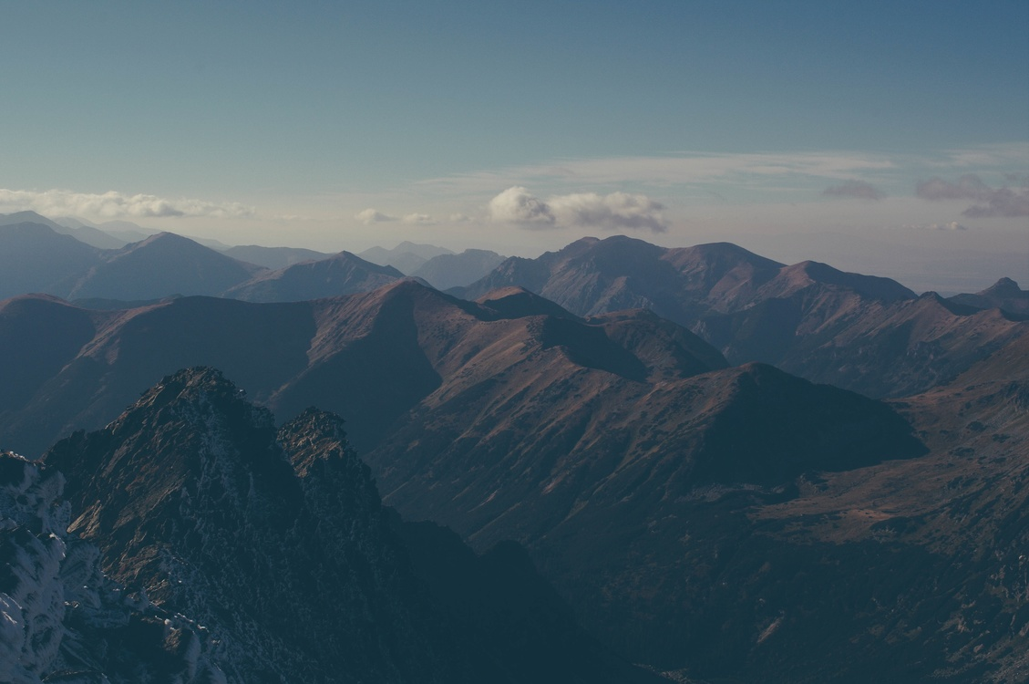 Atmosphere,Massif,Terrain
