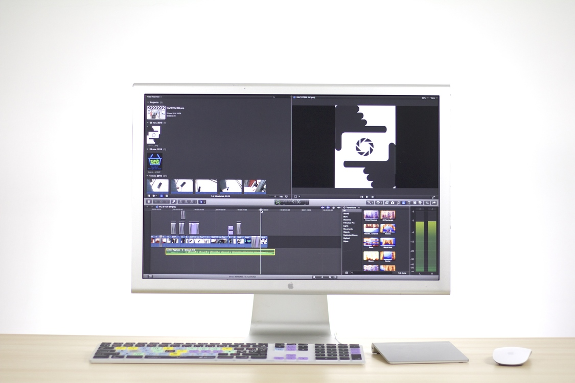 Computer Monitor,Television,Desktop Computer