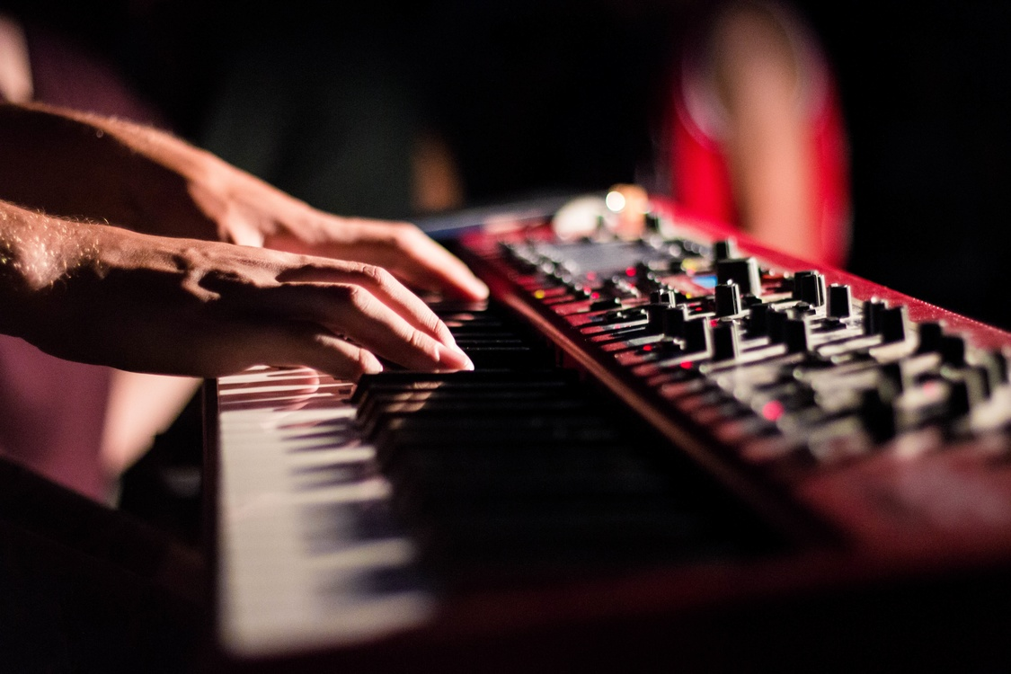 Musical Instrument,Electric Piano,Mixing Engineer