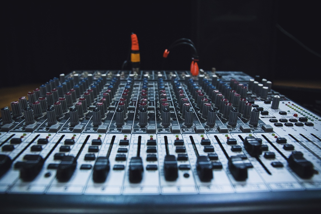 Sound,Mixing Console,Mixing Engineer