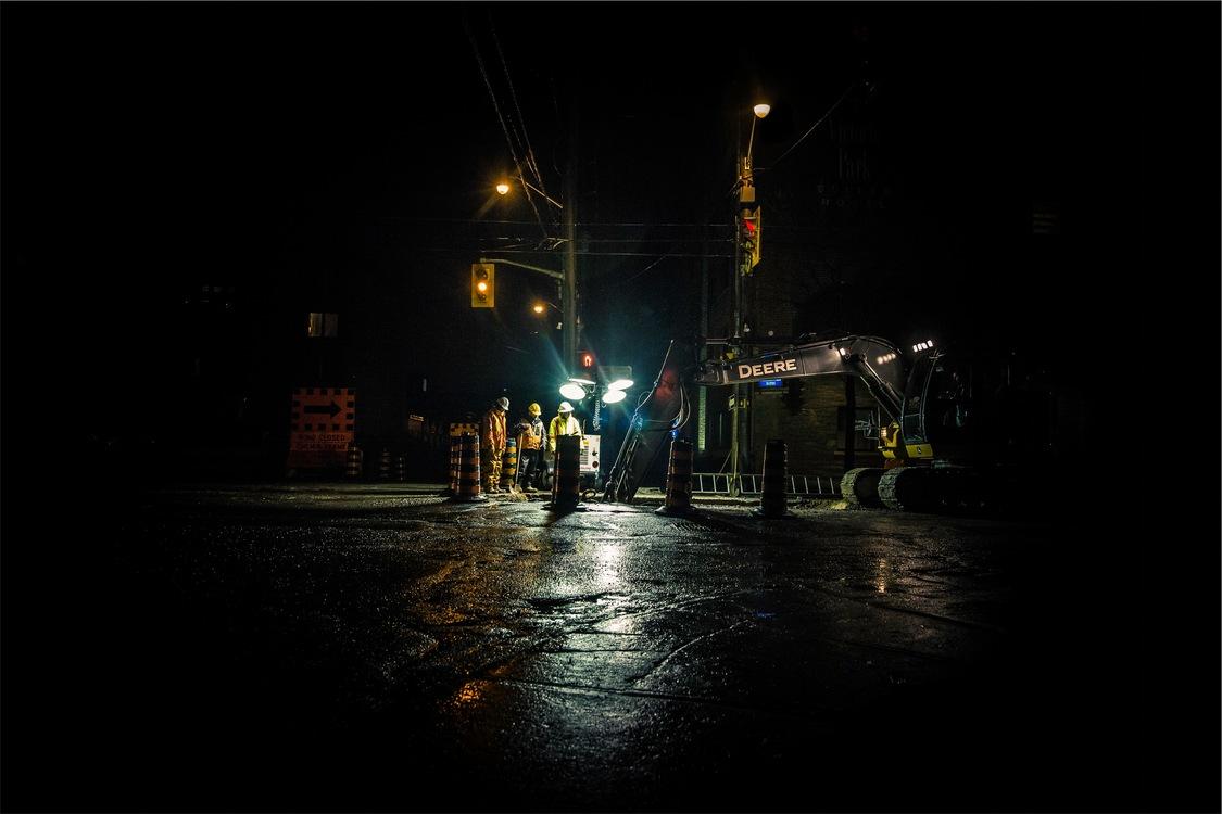 Street Light,Metropolis,Evening
