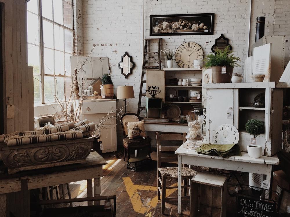 Living Room,Room,Interior Design
