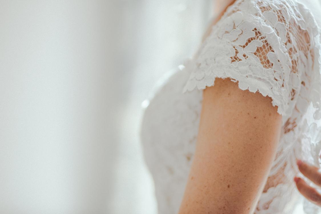 Gown,Wedding Dress,Neck