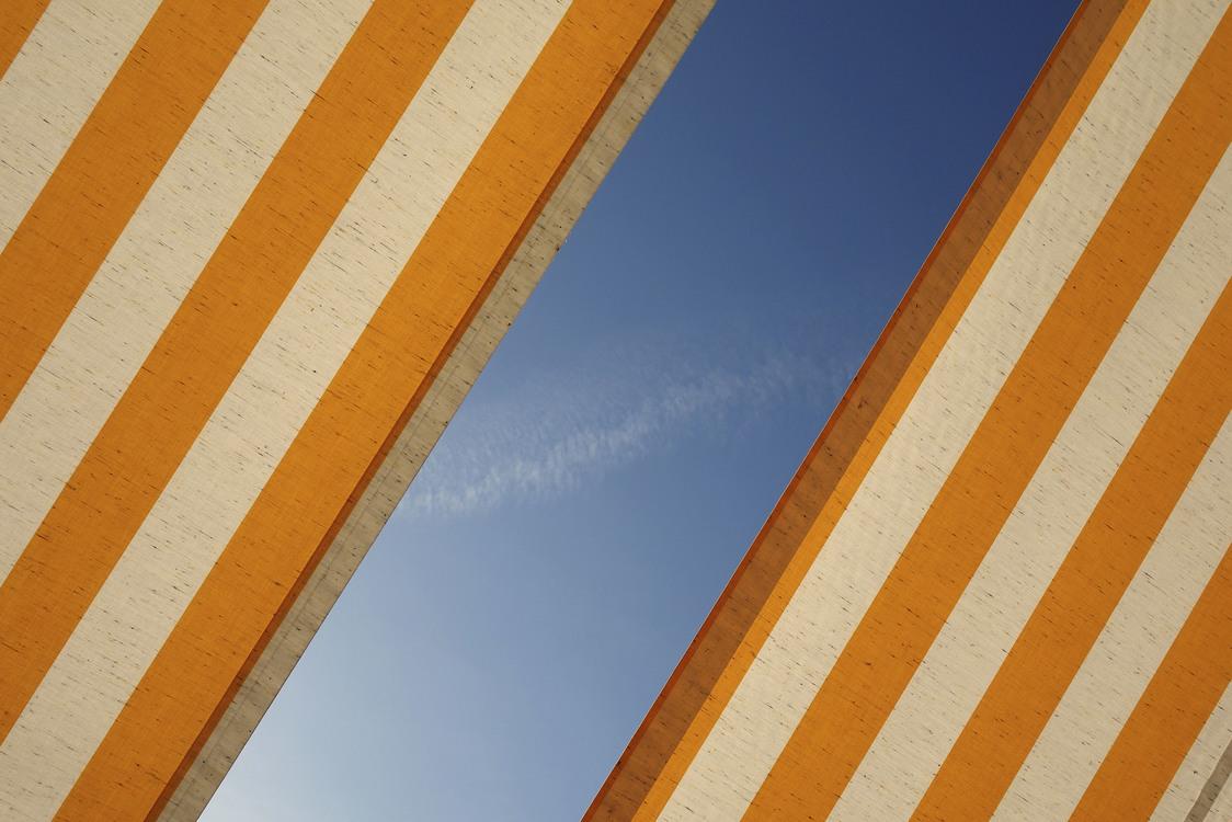 Angle,Symmetry,Sky