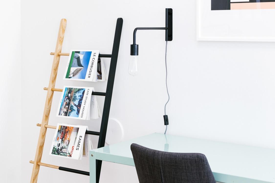 Angle,Shelf,Table