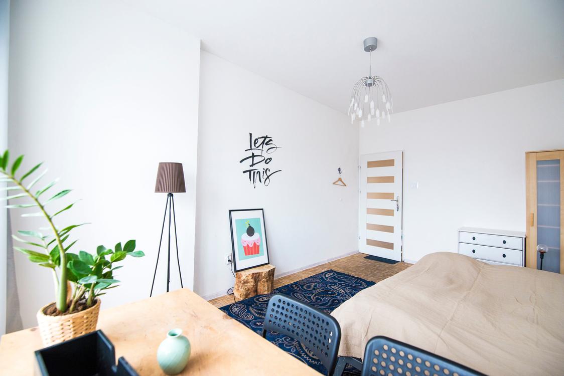 Ceiling,Living Room,Room