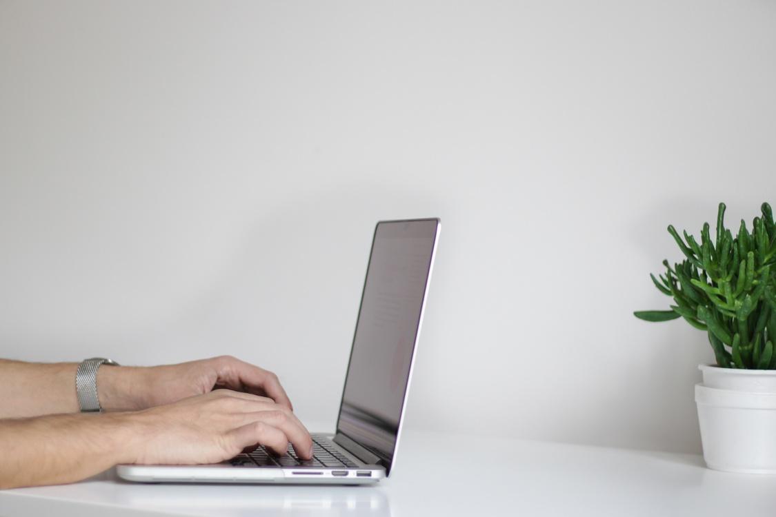 Laptop,Furniture,Computer