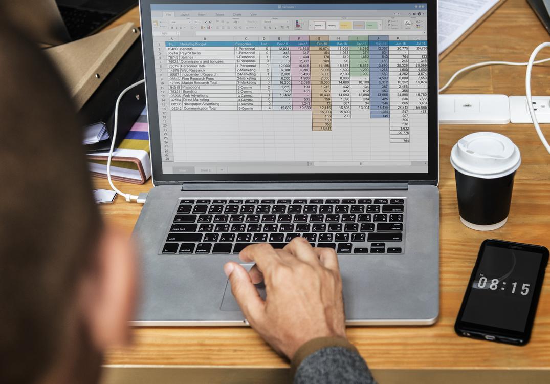 Software Engineering,Communication,Laptop