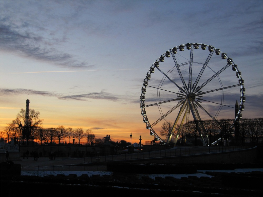 Recreation,Tourist Attraction,Dusk