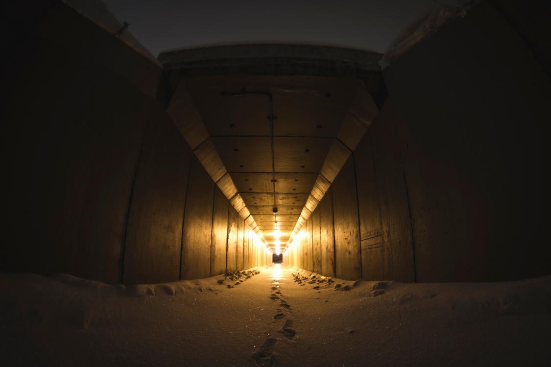 Infrastructure,Darkness,Tunnel