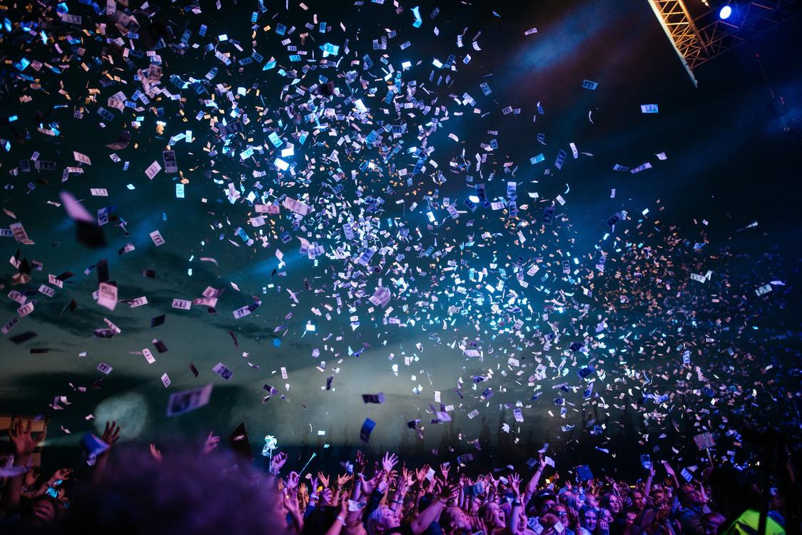 Music Venue,Concert,Crowd