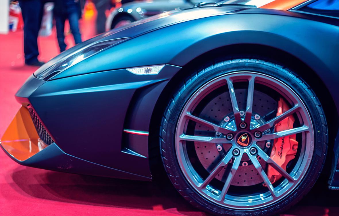 Luxury Vehicle,Rim,Race Car