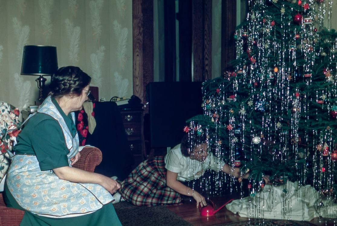 Girl,Performance Art,Christmas Decoration