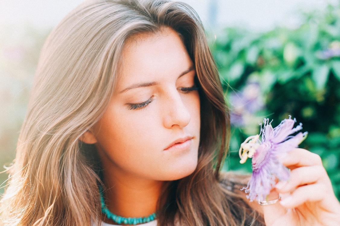 Beauty,Brown Hair,Hair Coloring