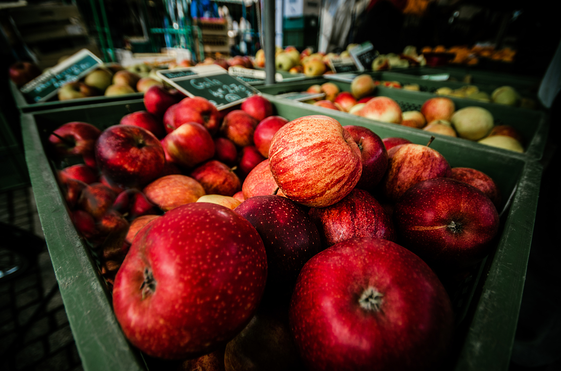 Apple,Food,Natural Foods