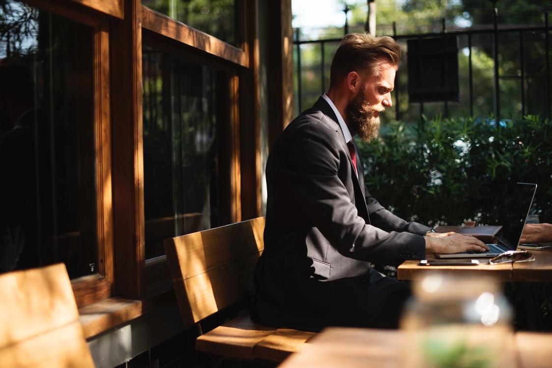 Business,Suit,Digital Nomad