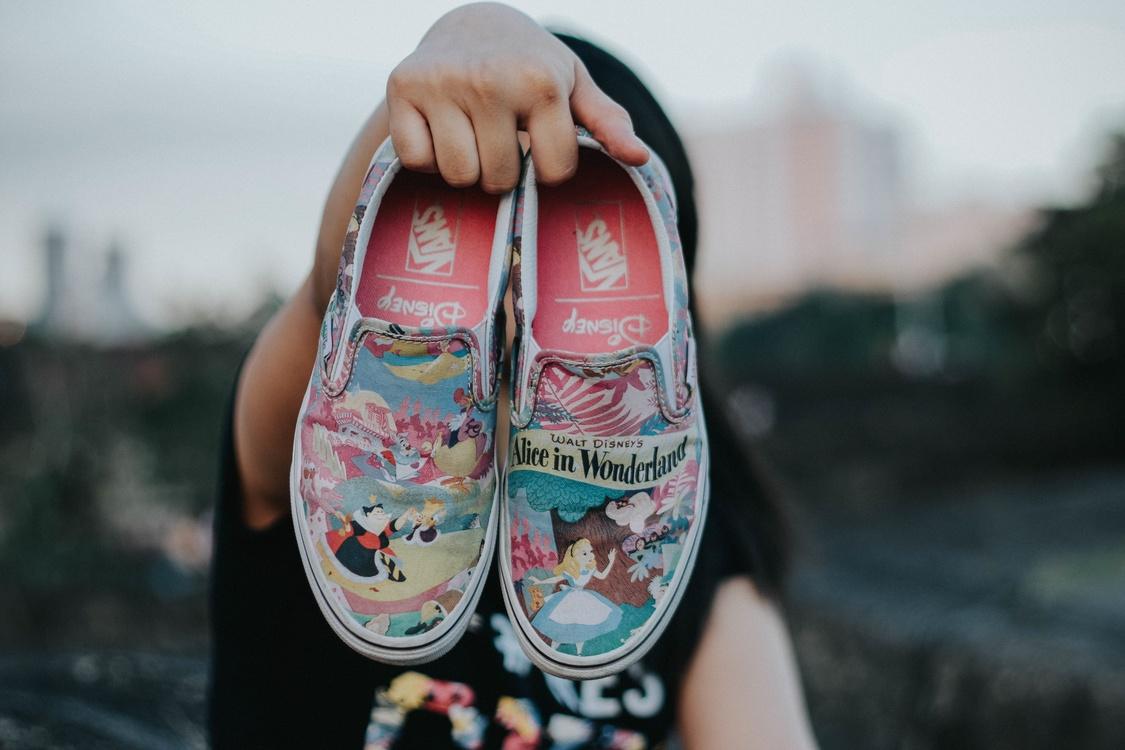 Shoe,Girl,Vans