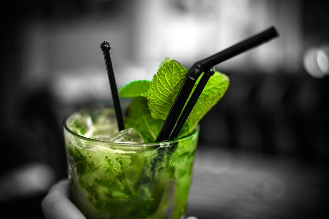 Non Alcoholic Beverage,Vodka And Tonic,Caipiroska
