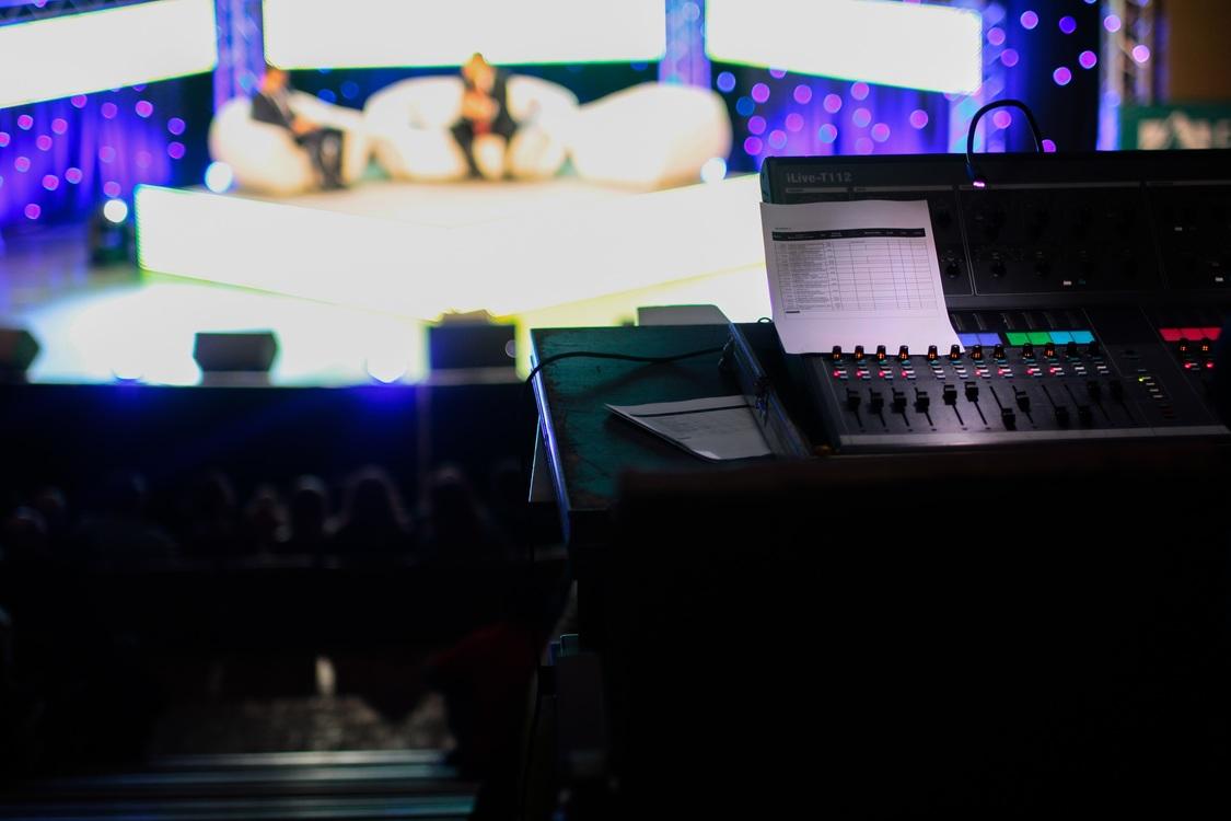 Sound,Television Studio,Gadget