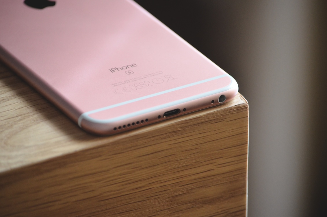 Pink,Smartphone,Electronic Device