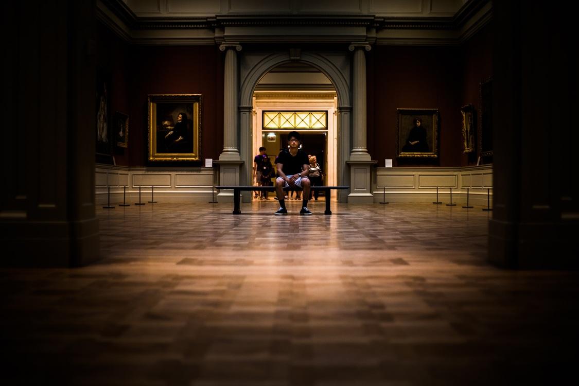 Tourist Attraction,Darkness,Flooring