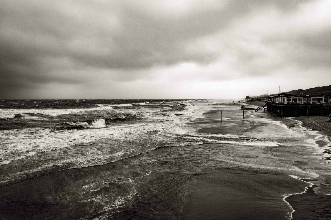 Phenomenon,Monochrome Photography,Breakwater
