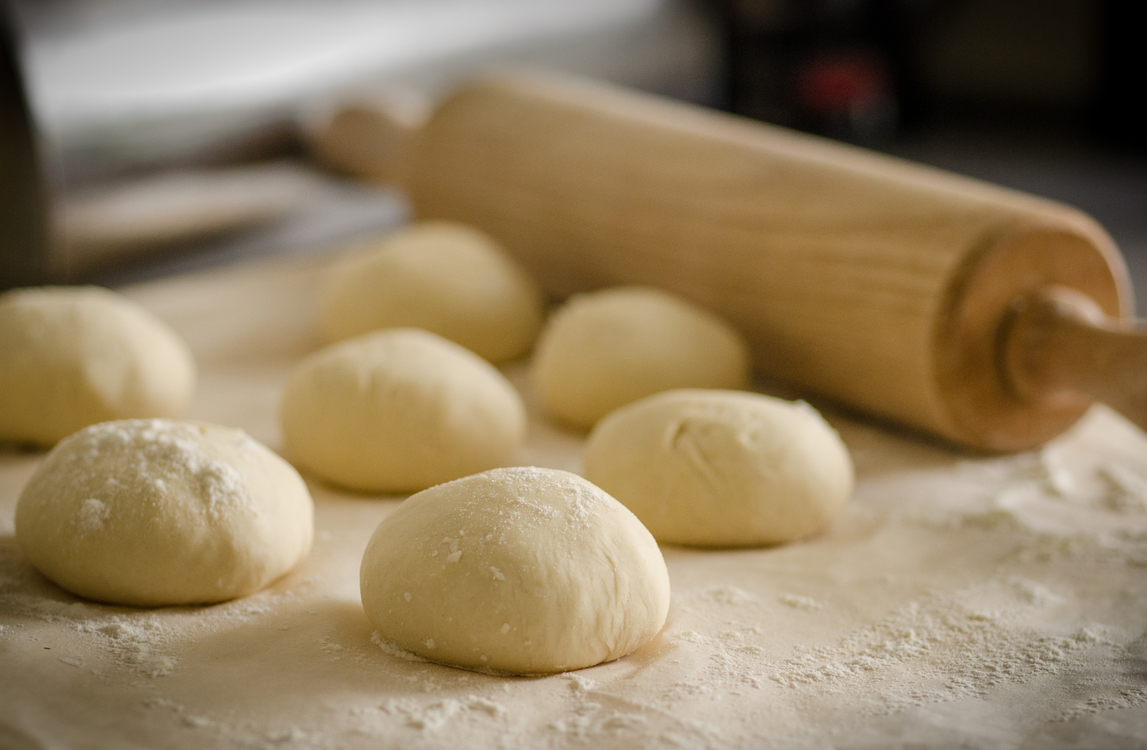 Dish,Baking,Dough