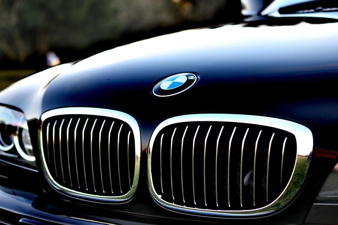Luxury Vehicle,Hood,Compact Car