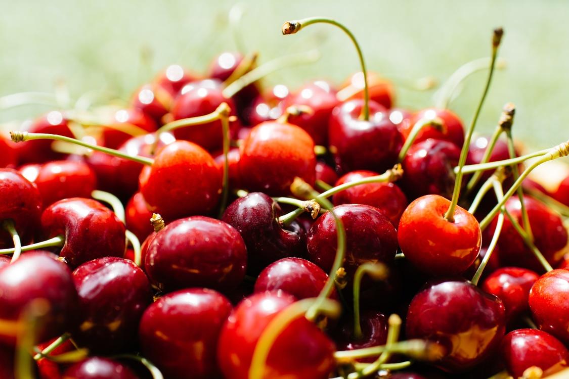 Frutti Di Bosco,Food,Cherry