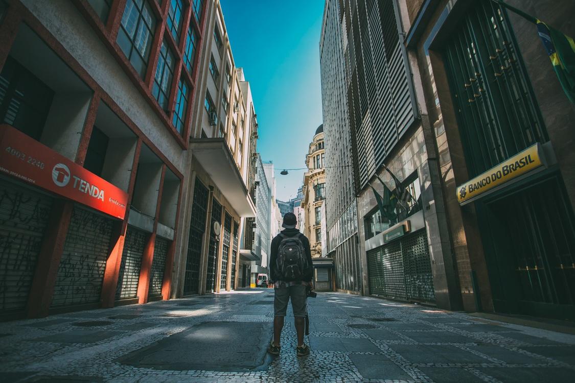 Town,City,Metropolis