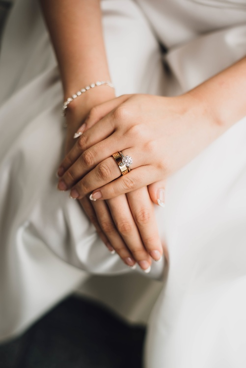 Wedding Ring,Jewellery,Hand Model
