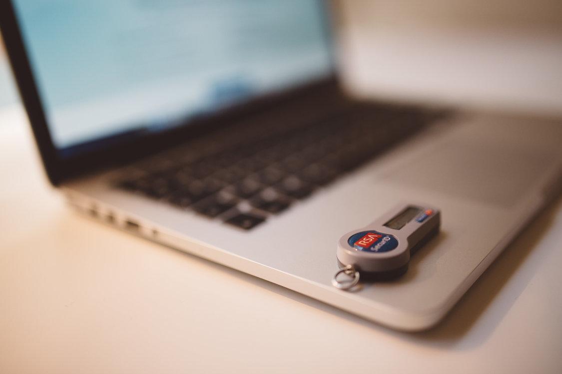 Laptop,Electronic Device,Gadget