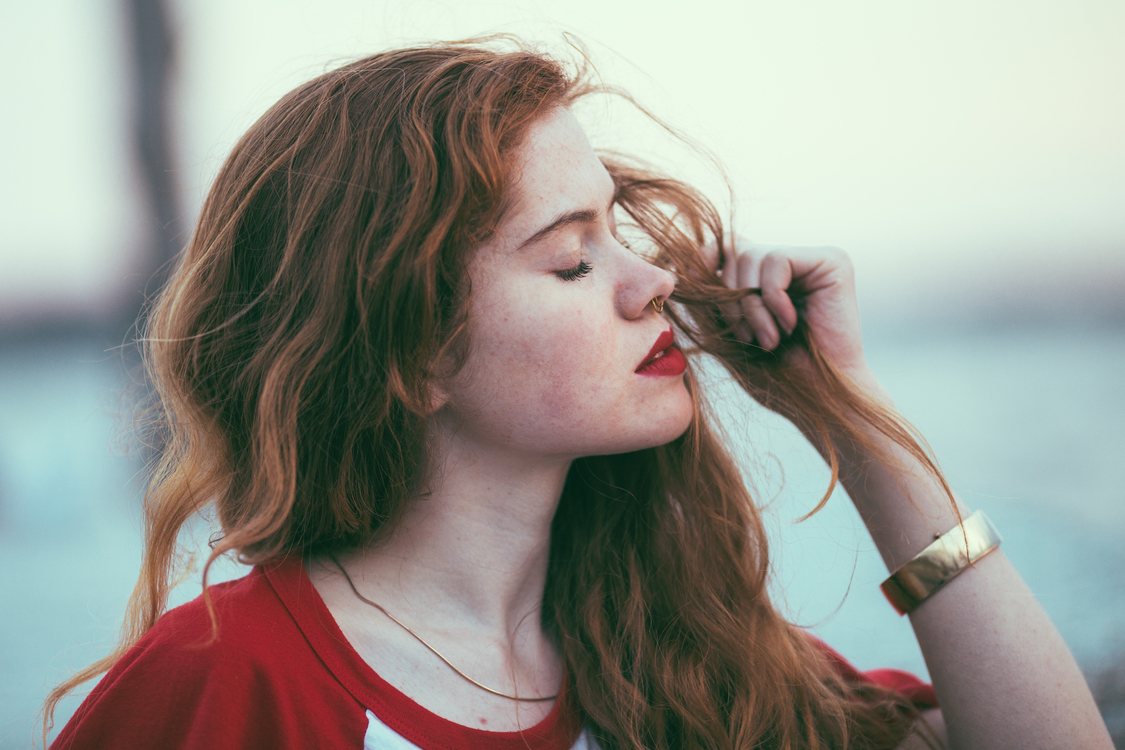 Red Hair,Hairstyle,Ear