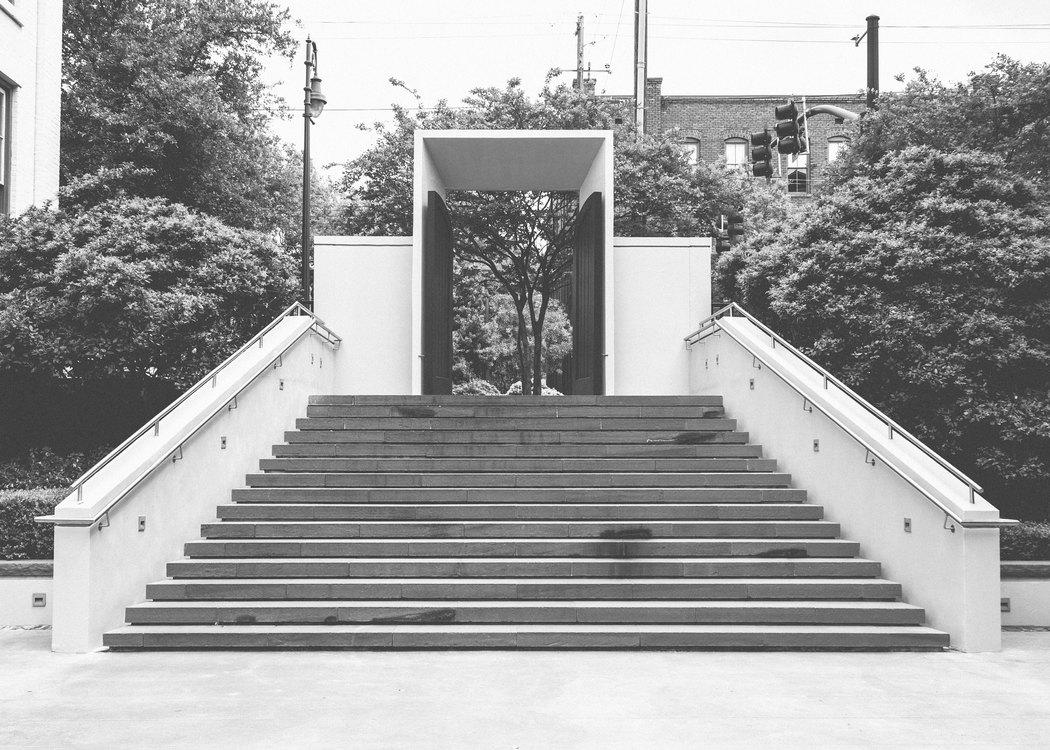 Memorial,Angle,Monochrome Photography