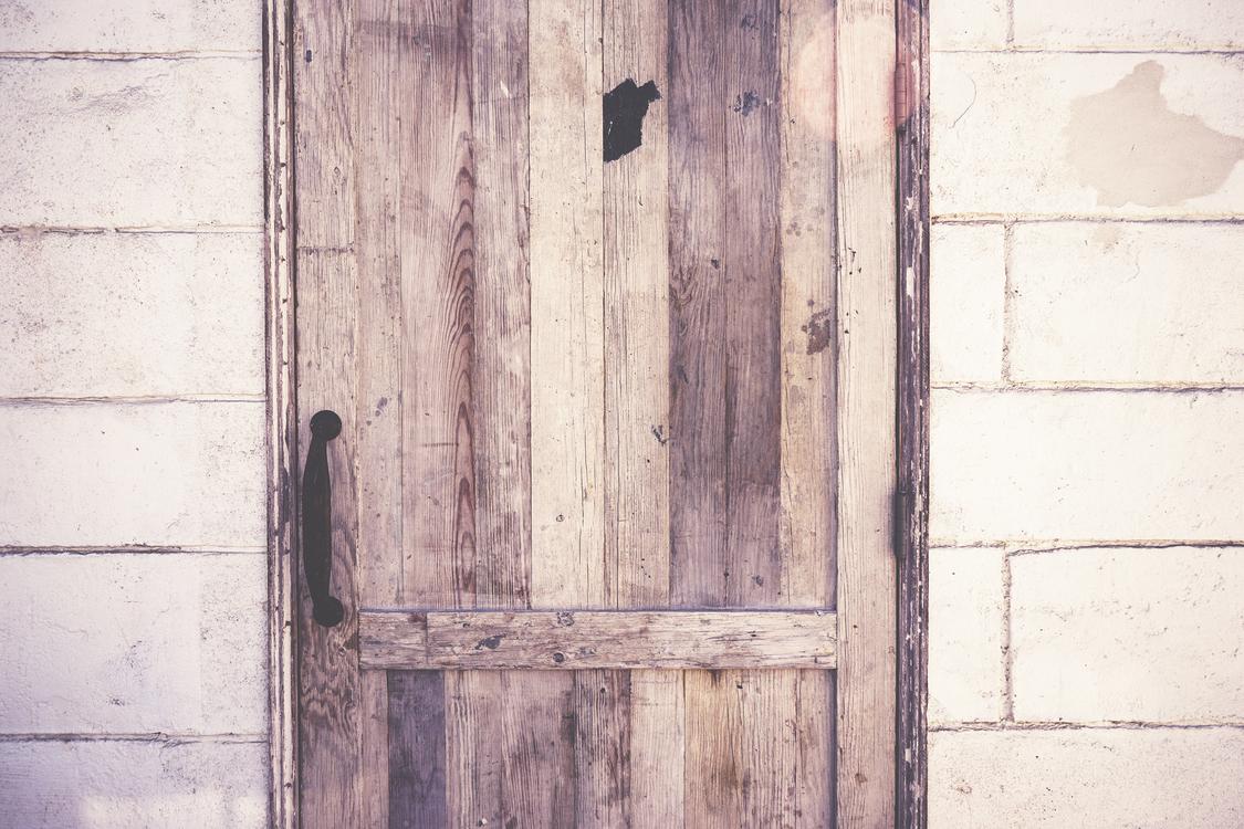 Door,Floor,Wall
