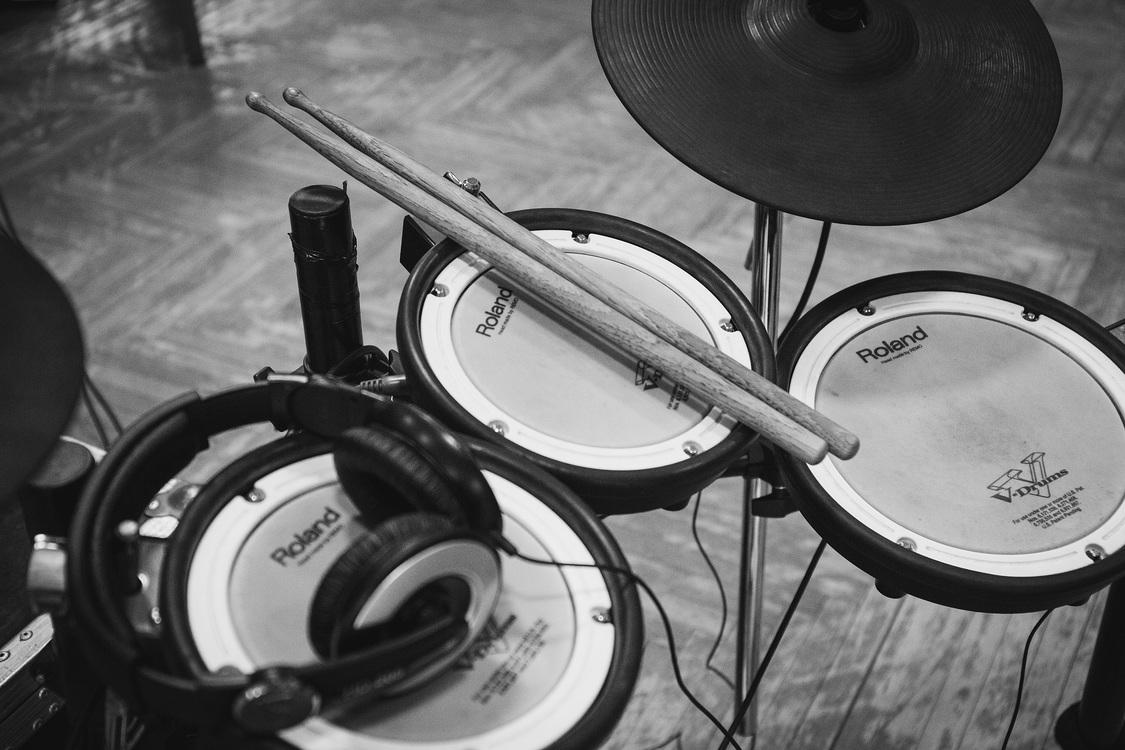 Musical Instrument,Monochrome Photography,Monochrome