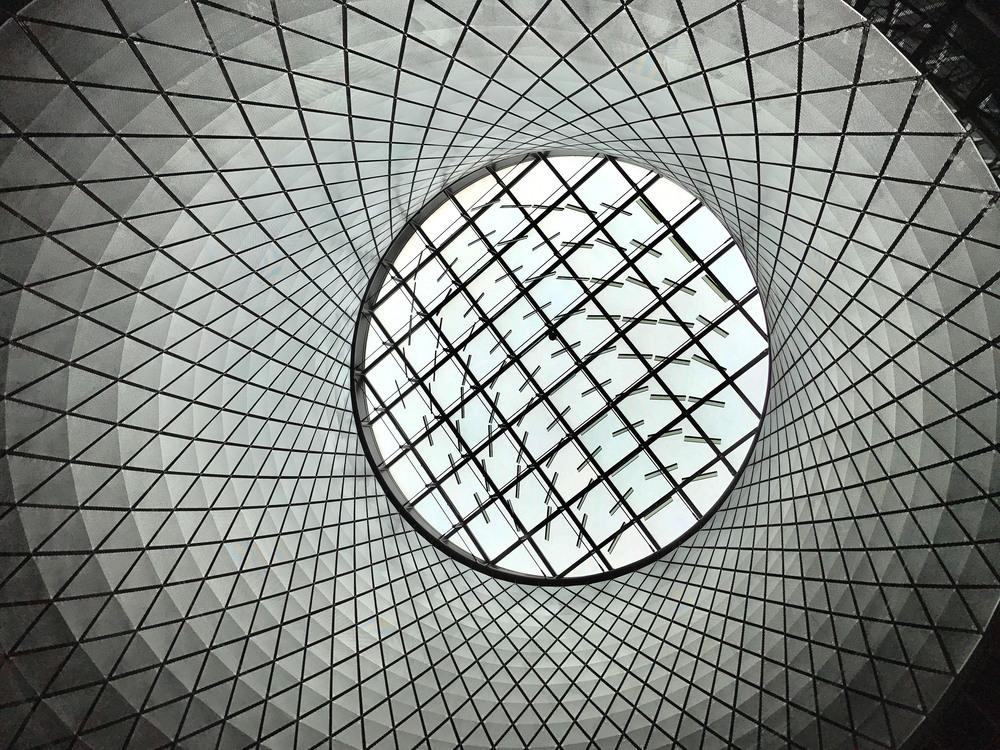 Net,Symmetry,Space