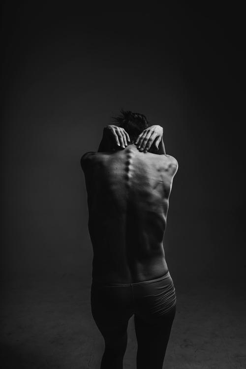 Shoulder,Standing,Darkness