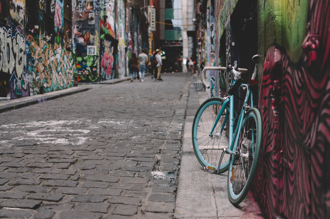 Bicycle,Racing Bicycle,Alley