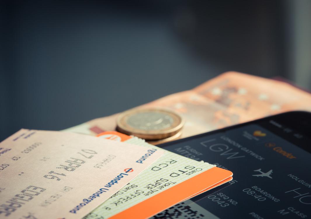 Saving,Cash,Flight