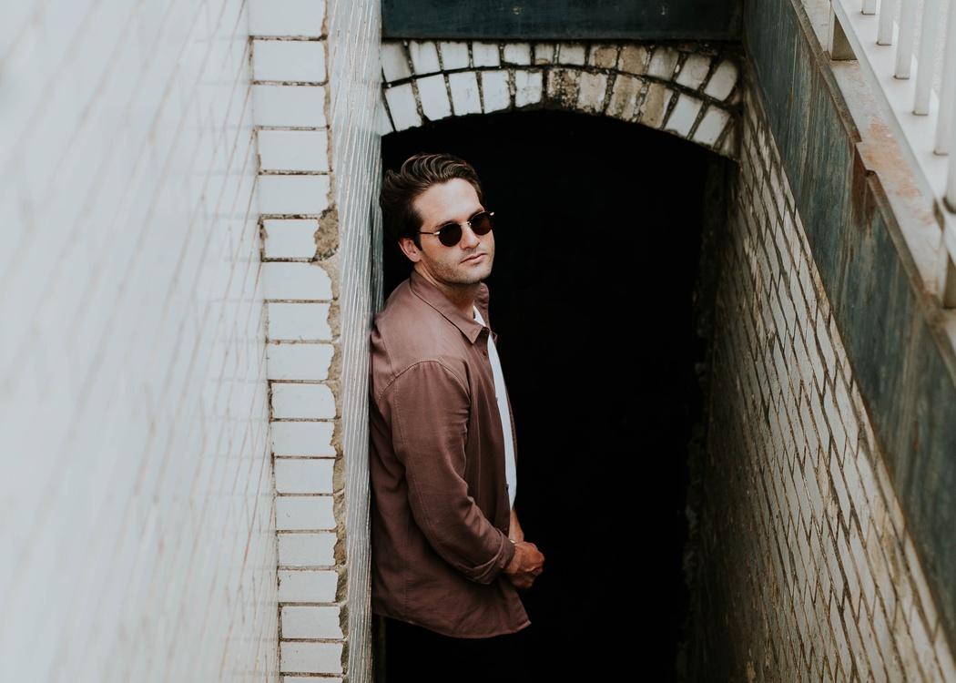 Shoulder,Sunglasses,Outerwear