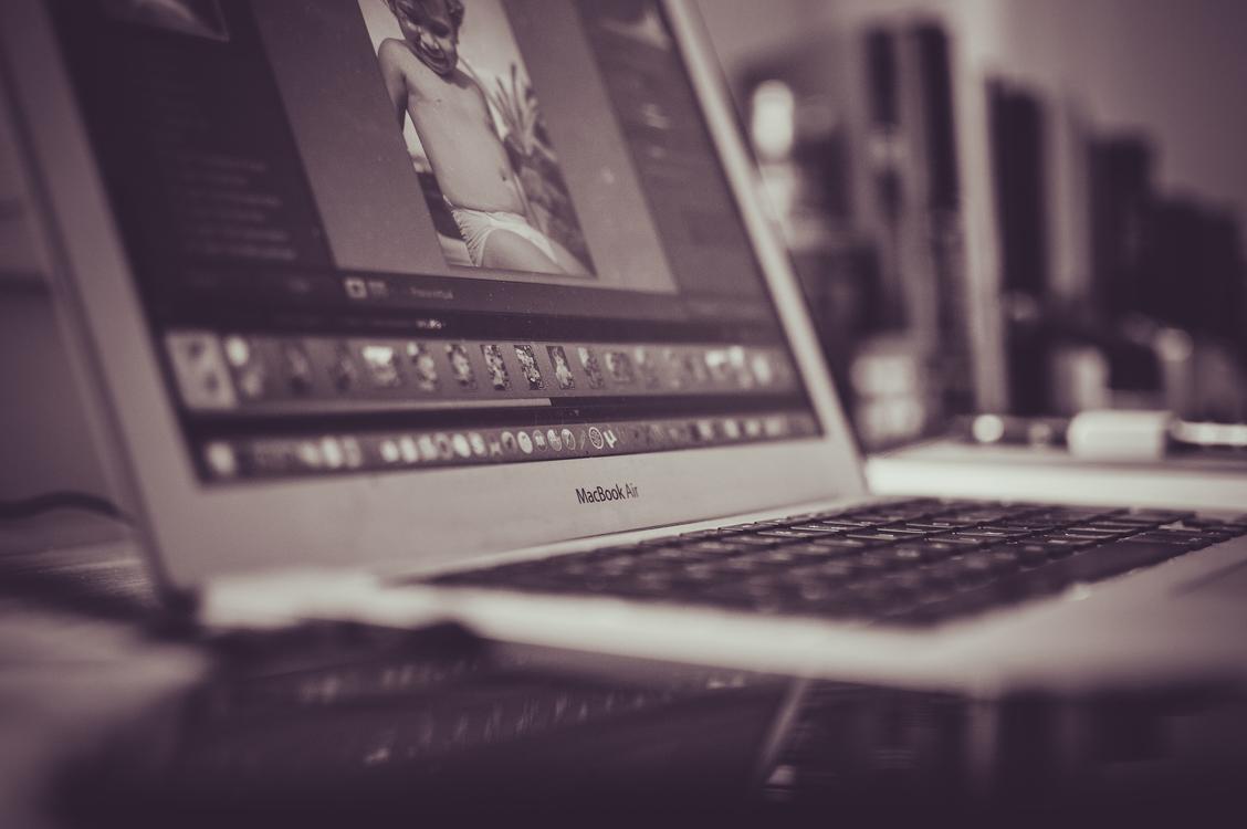 Monochrome Photography,Electronic Device,Laptop