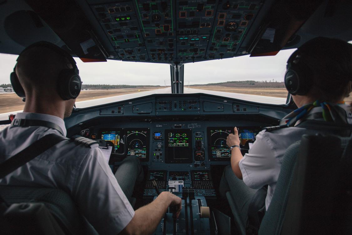Driving,Aircraft Cabin,Cockpit