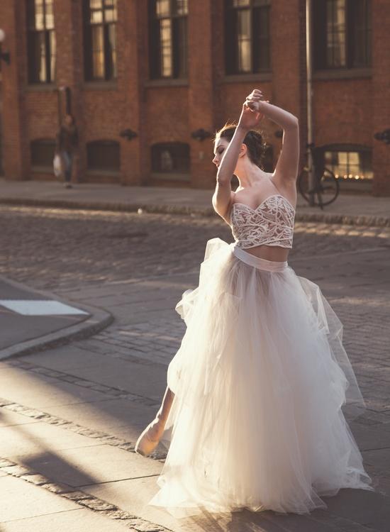 Shoulder,Gown,Photo Shoot