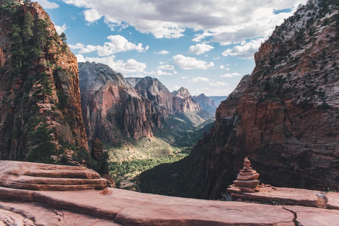 Mountain,Badlands,Wilderness