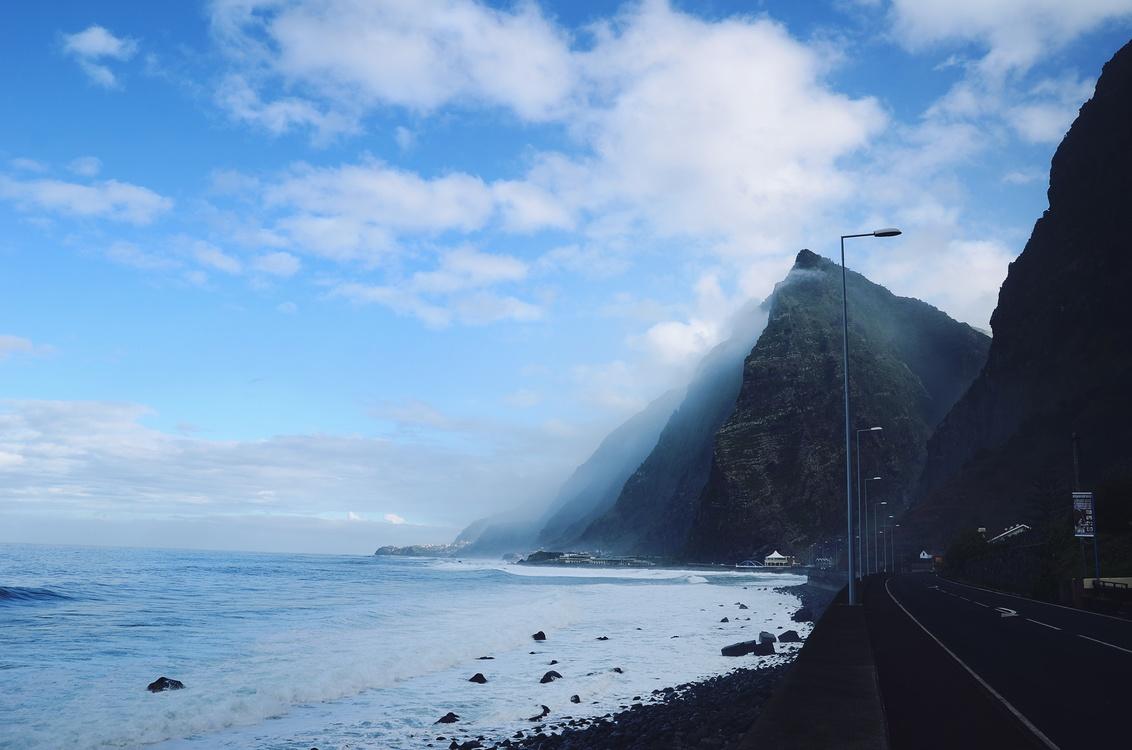 Wave,Calm,Mountain